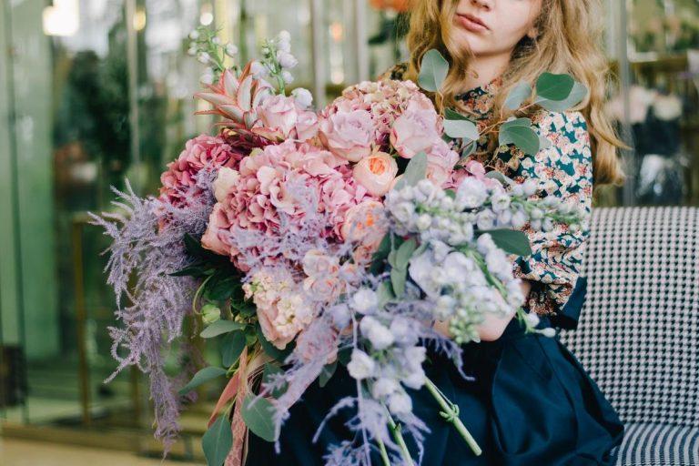 Сколько стоит доставка цветов